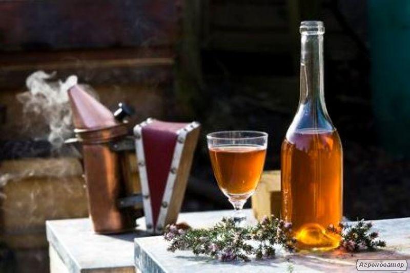 Wino domowe miodowe