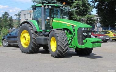 Ciągnik rolniczy JOHN DEERE 8530 TLS - 360 KM - 2008 ROK