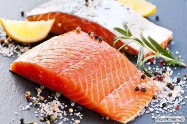 Ryby świeżo mrożone łosoś