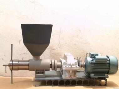 Tłocznia do oleju MP100