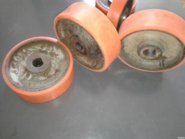 Naprawa wózków widłowych wysokiego składowania