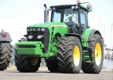 Ciągnik rolniczy JOHN DEERE 8430 POWERSHIFT - 2008 - 379 KM