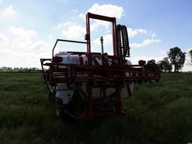 Opryskiwacz polowy zawieszany Agrofart AF1015 Опрыскиватели
