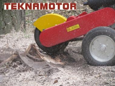 Frezarka do pni, karczownik TEKNAMOTOR Skorpion F400