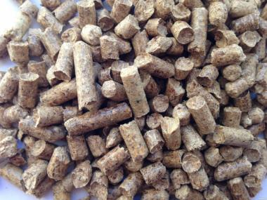 pellet drzewny 6 mm (jasny)